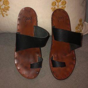 Beek Finch sandals size 6